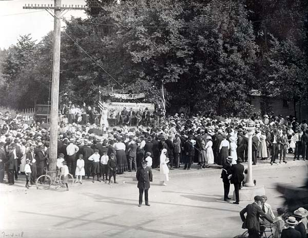 A patriotic gathering at the southeast corner of Lincoln and Oakton in 1918 held under the auspices of the village's Women's Patriotic Service League.