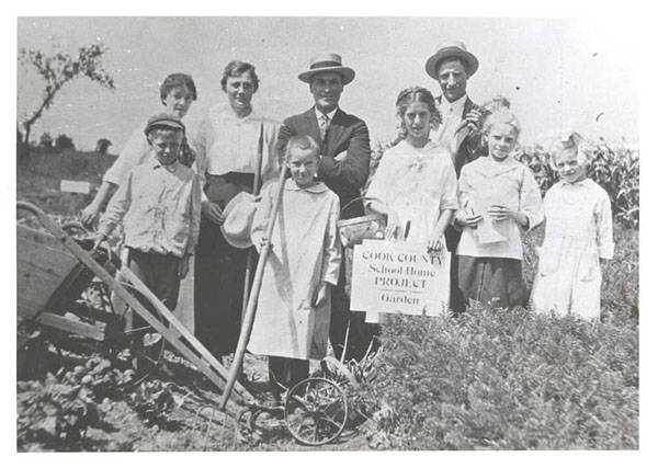 The School Garden Club formed by Alma Klehm (third from left) about 1910
